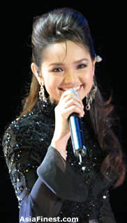 AsiaFinest Siti Nurhaliza Bio and Photo Gallery