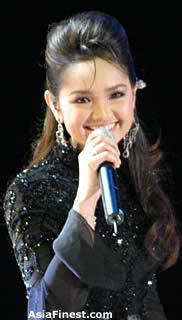 AsiaFinest Siti Nurhaliza Bio and Photo Gallery